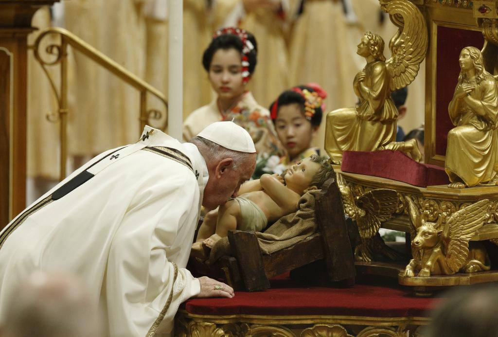 Rite d'introduction de la messe de la nuit de Noël, capture @ Vatican Media