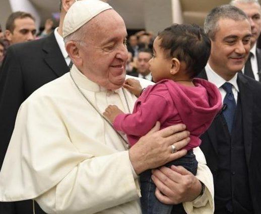 Enfant, audience du 18 déc. 2019 © Vatican Media