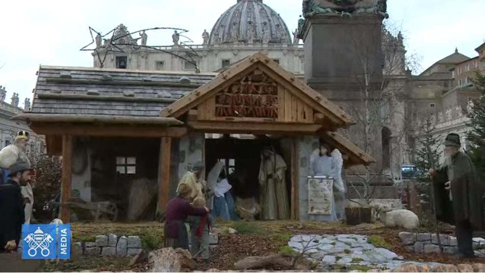 Crèche place Saint-Pierre, 8 décembre 2019, capture Vatican Media
