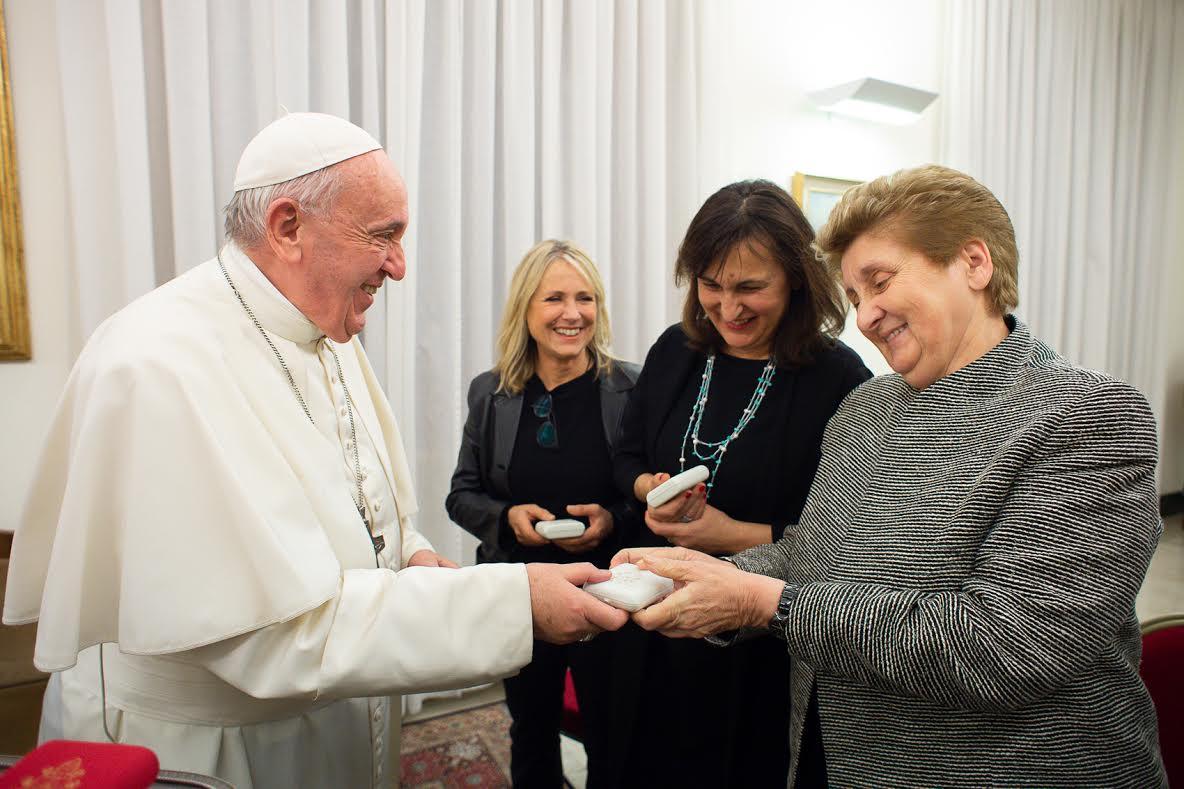 Mariella Enoc, Simona Ercolani et Federica Sciarelli © Vatican Media