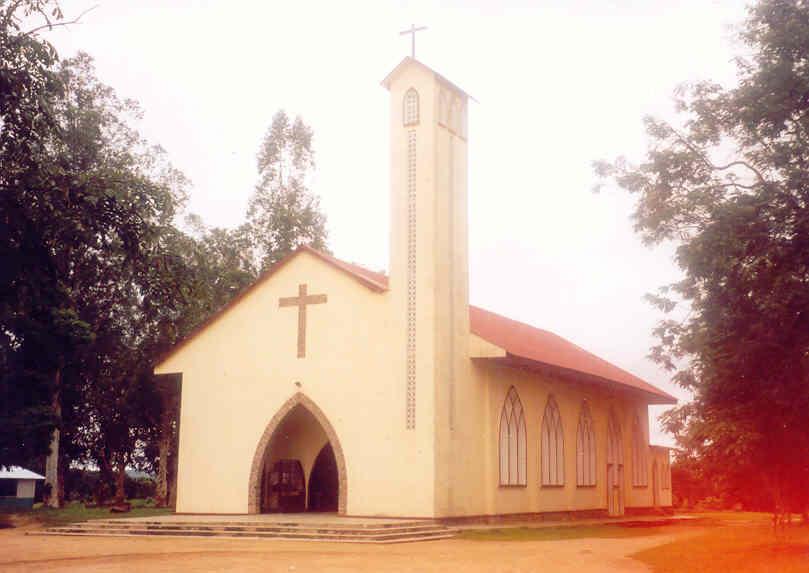 Cathédrale Sainte-Monique de Kinkala (Rép. du Congo) @ diocesedekinkala.free.fr