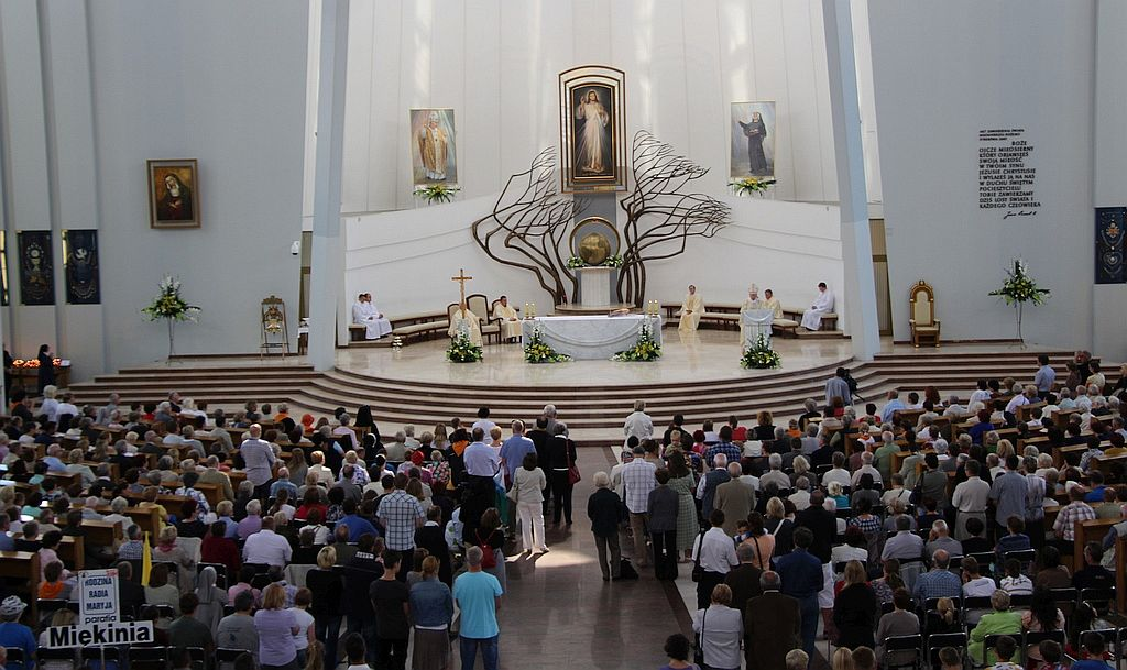 Sanctuaire de Cracovie-Lagiewniki @ faustyna.pl
