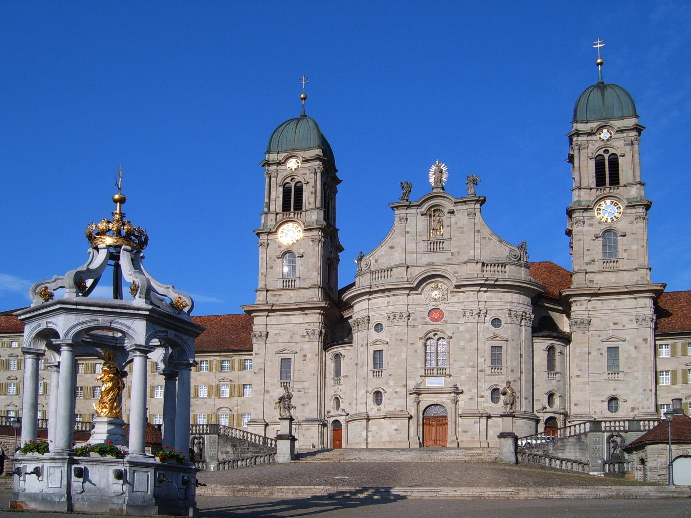Abbaye Notre-Dame d'Einsiedeln @ wikimedia commons / Markus Bernet