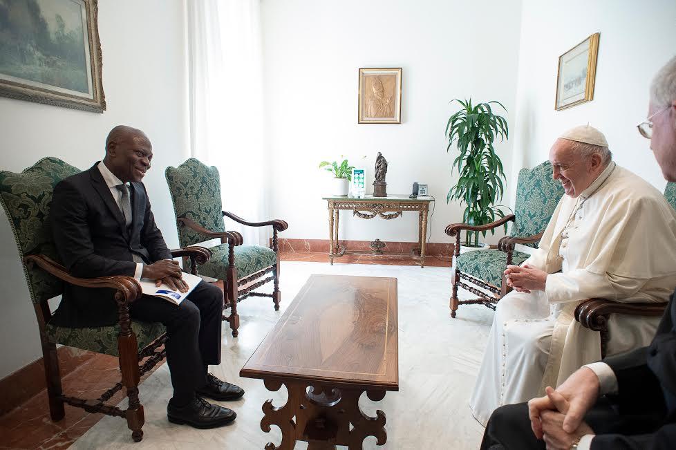 M. Gilbert F. Houngbo, président de l'IFAD et sa délégation, 25 juin 2020 © Vatican Media