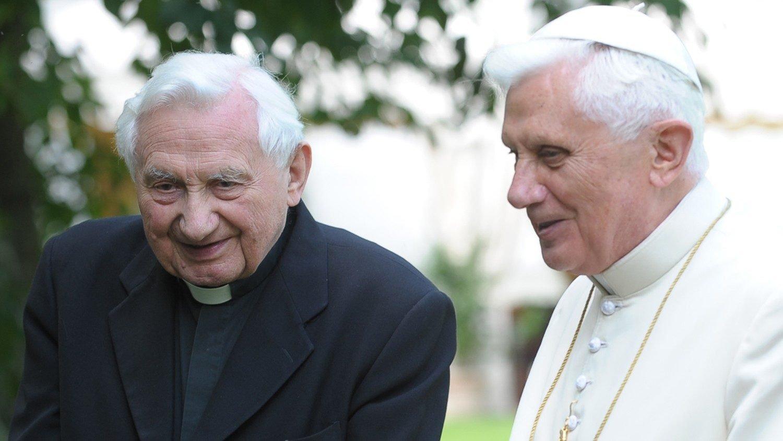 Le pape Benoît XVI et son frère Georg Ratzinger © Vatican Media