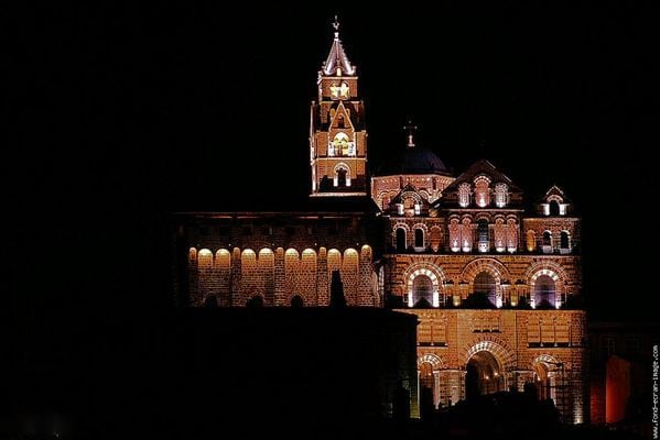 Cathédrale Notre-Dame-du-Puy (France) @ facebook