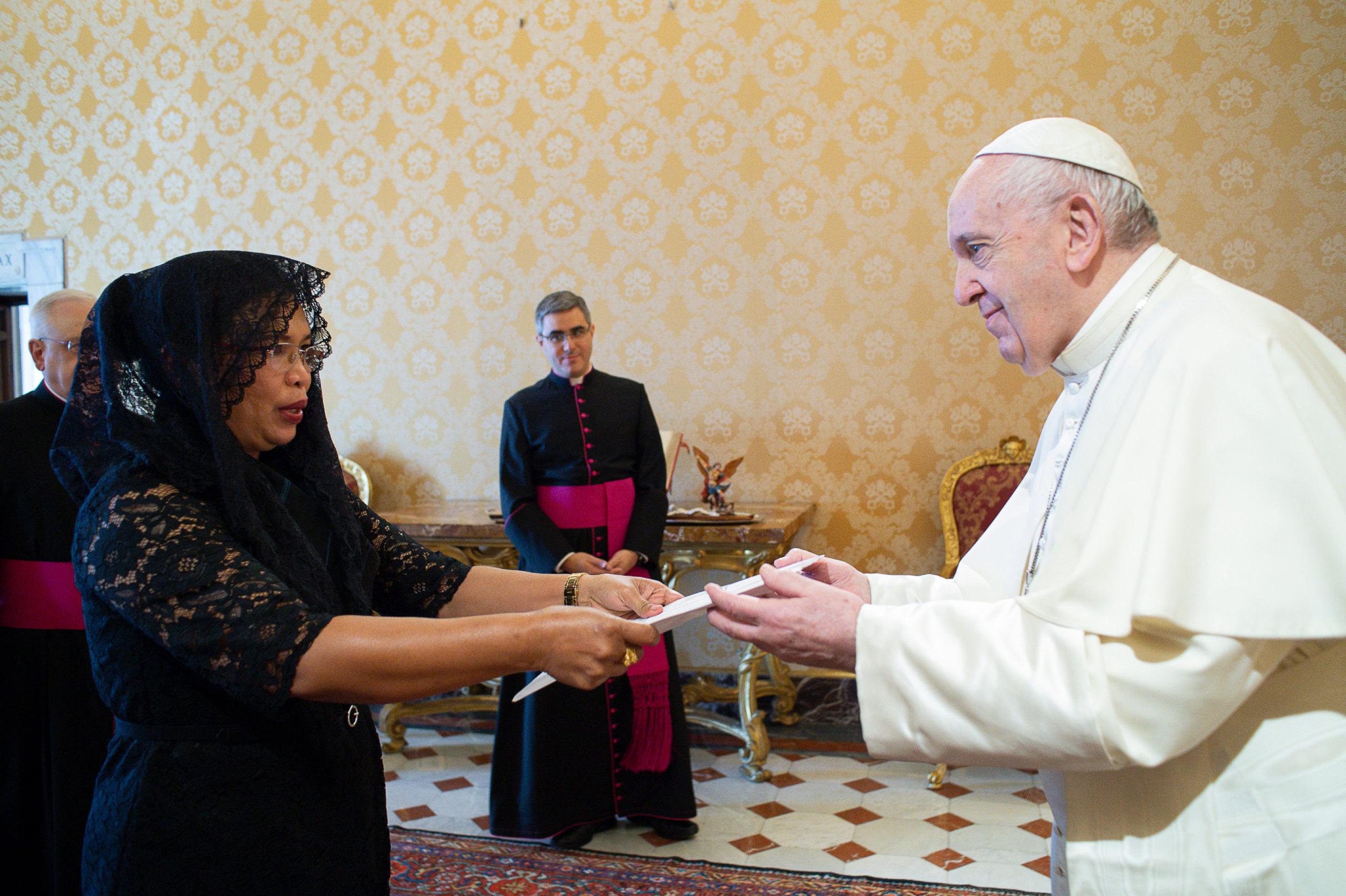 Ambassadrice du Timor oriental © Vatican Media
