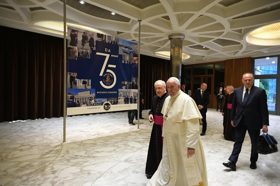 Police italienne en service au Vatican © Vatican Media