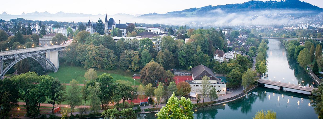 Une vue aérienne de la ville de Berne, capitale de la Suisse. PHOTO :ONU/Rick Bajornas