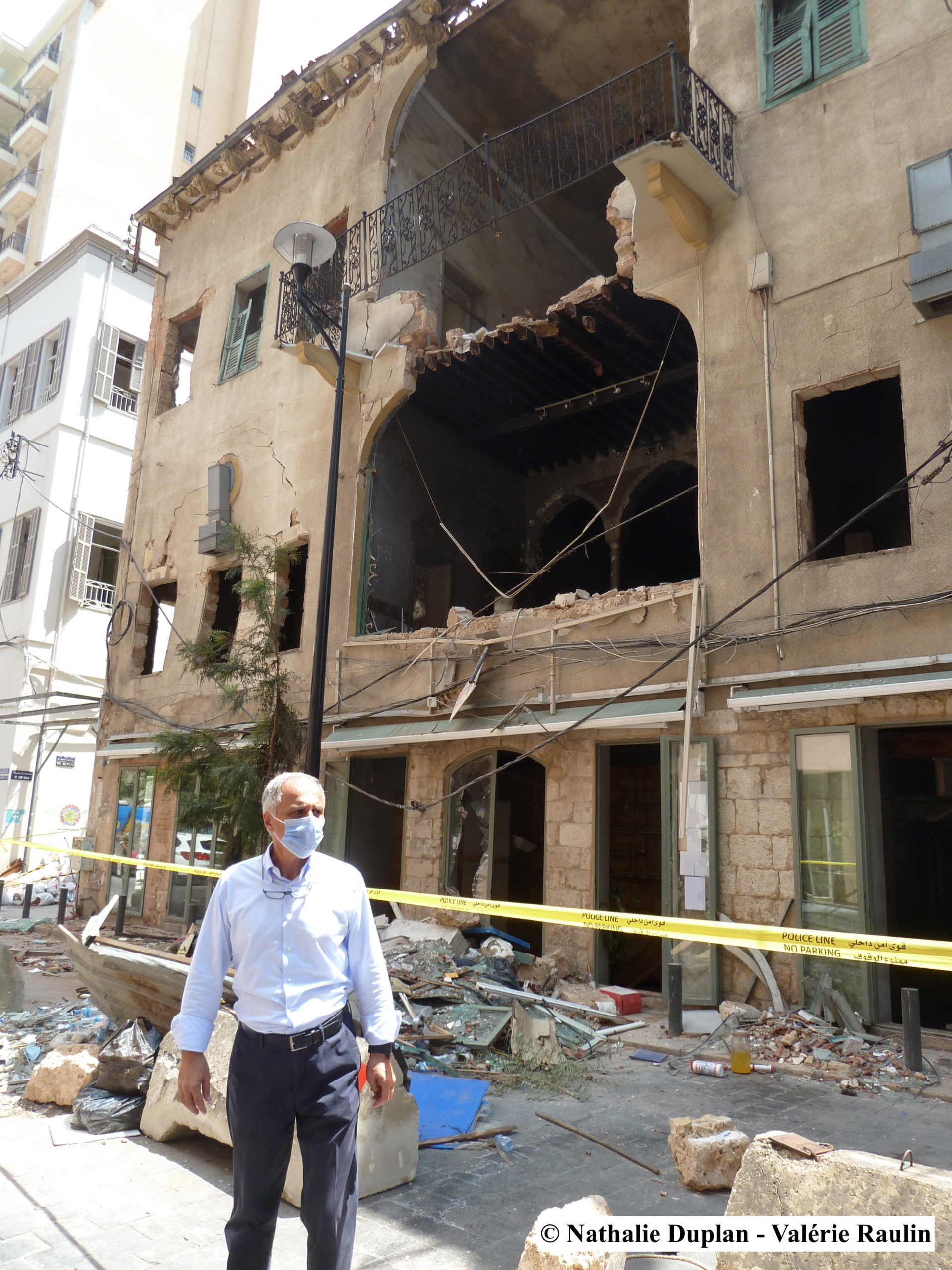 Beyrouth, destructions à Gemmayzeh, le Dr Abou Nader © Nathalie Duplan & Valérie Raulin