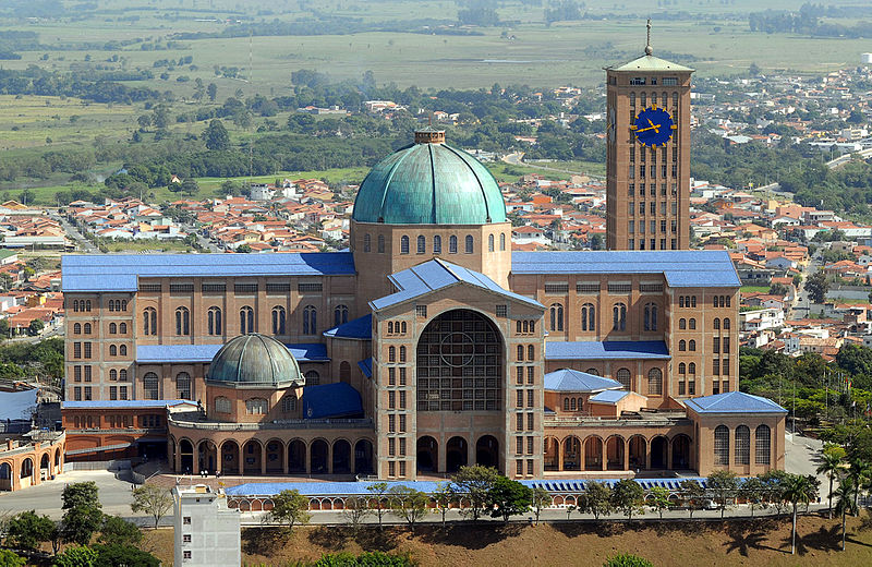 Sanctuaire de N.-D. d'Aparecida, Brésil © wikimedia commons / Valter Campanato/ABr