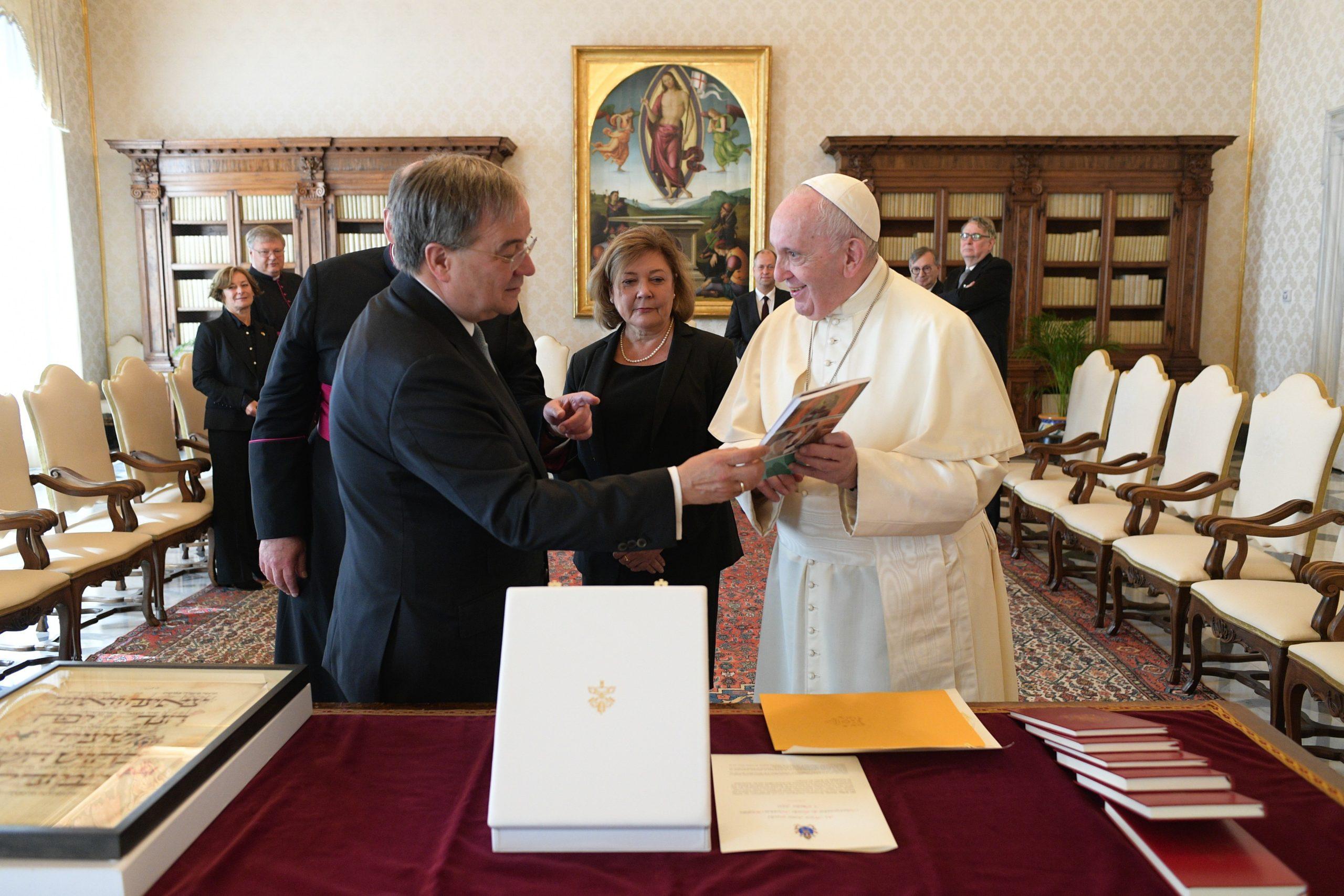 Ministre président du Land Rhénanie-du-Nord-Westphalie Armin Laschet © Vatican Media