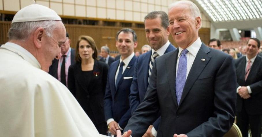Joe Biden et le pape en 2016 ©Vatican Media