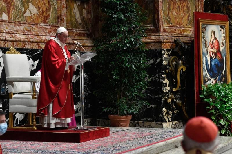 Messe pour les cardinaux et évêques défunts, 5 nov. 2020 © Vatican Media
