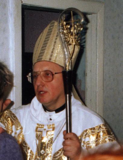Mgr Tadeusz Kondrusiewicz @ wikimedia commons / Dr Jorgen