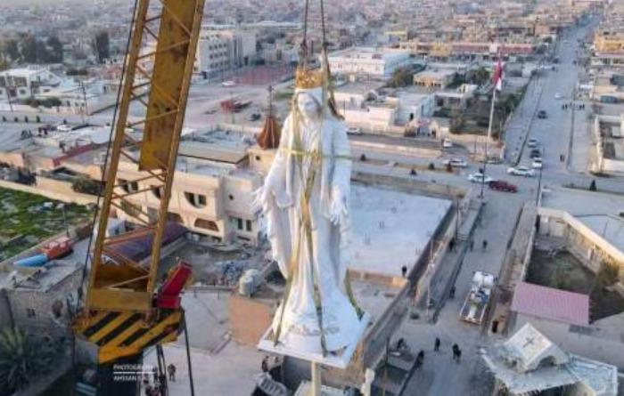 Statue de la Vierge Marie, Notre-Dame al Tahira, Irak ©ankawa.com