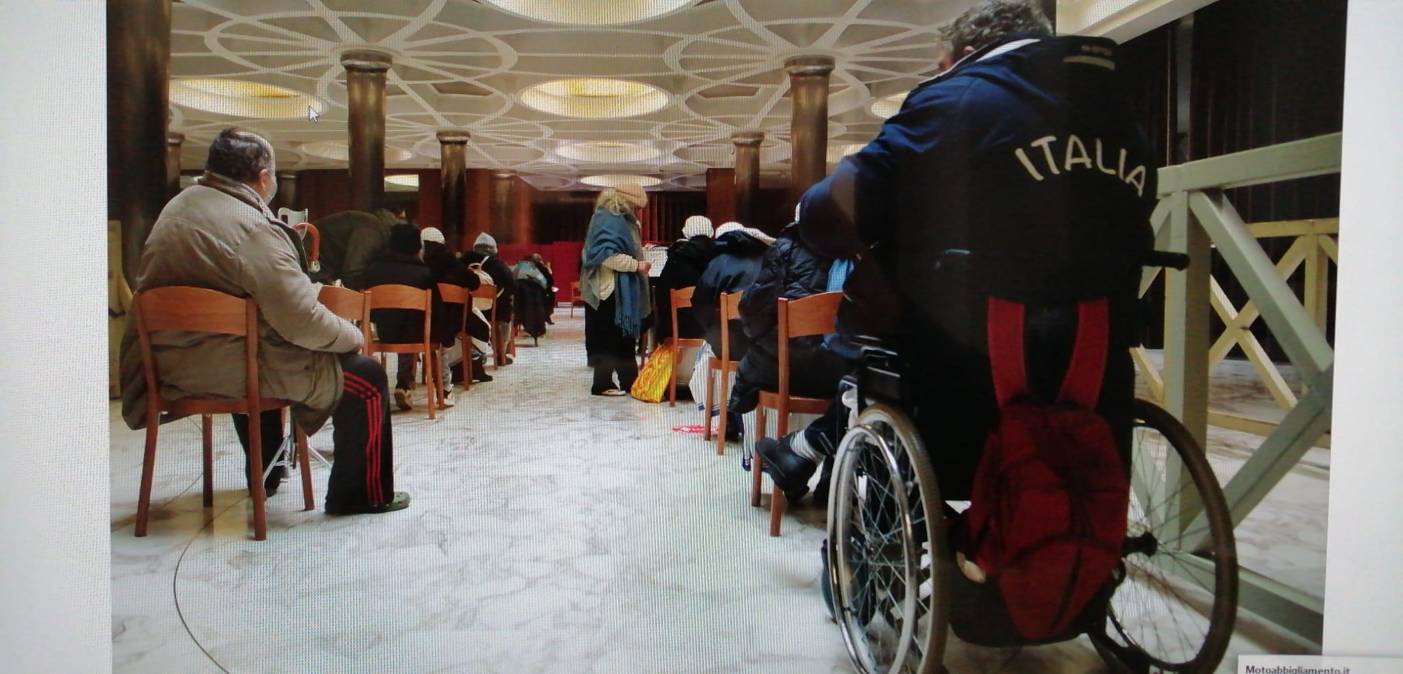 Des sans-abri vaccinés au Vatican © Vatican Media