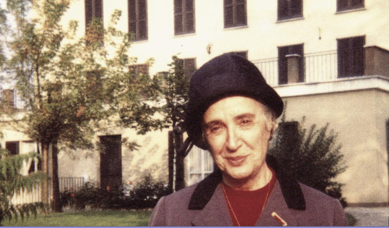 Adele Bonolis, capture @adelebonolis.it