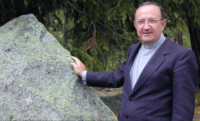 Cardinal suisse Henri Schwery Vatican New