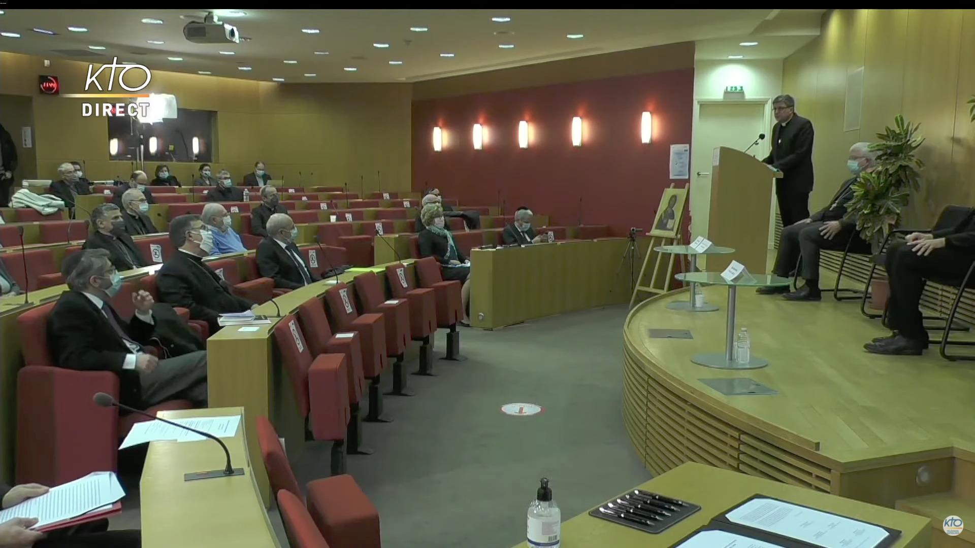 Mgr Eric de Moulins-Beaufort, capture @ KTOTV/YouTube