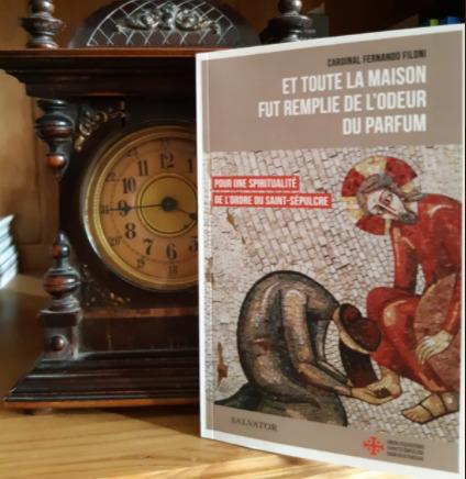 Livre du cardinal Filoni sur la spiritualité de l'Ordre du Saint-Sépulcre de Jérusalem © Twitter @GM_oessh