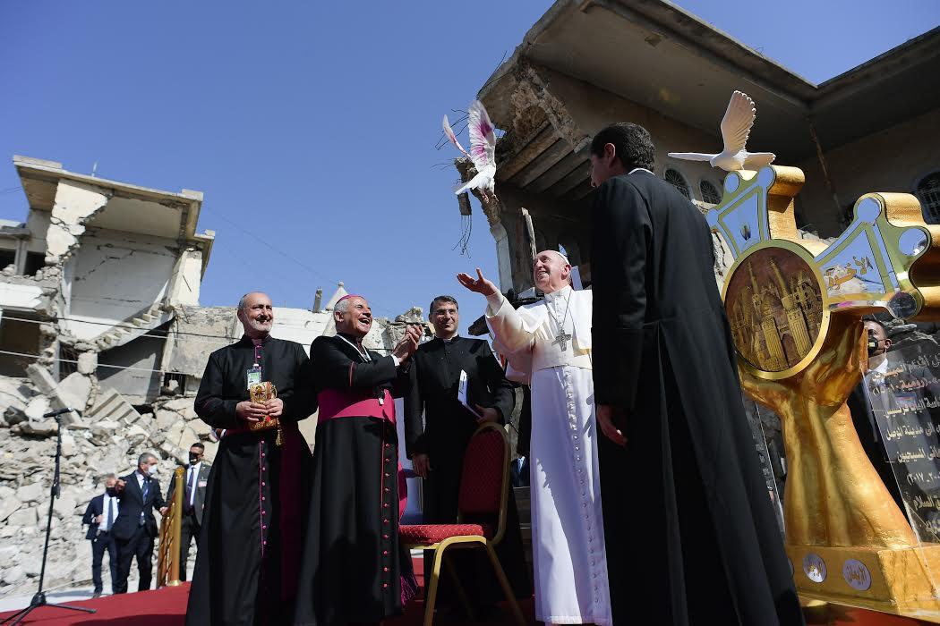 Colombe de la paix, Mossoul, 7 mars 2021 © Vatican Media