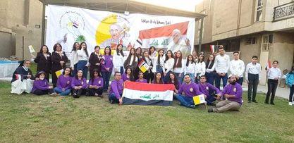 Les jeunes Irakiens attendent le pape François © patriarcat latin de Bagdad