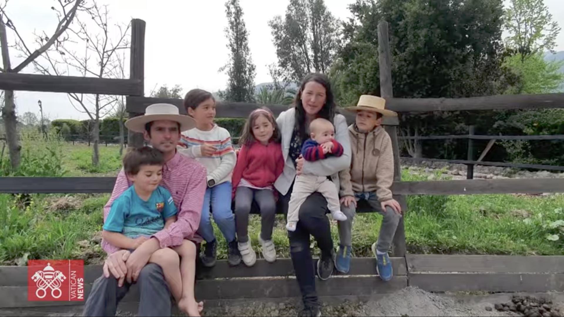 Famille, capture @ Dicastère pour les laïcs, la famille et la vie