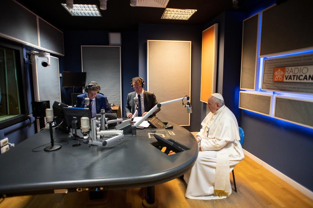 Visite aux media du Vatican ©Vatican Media
