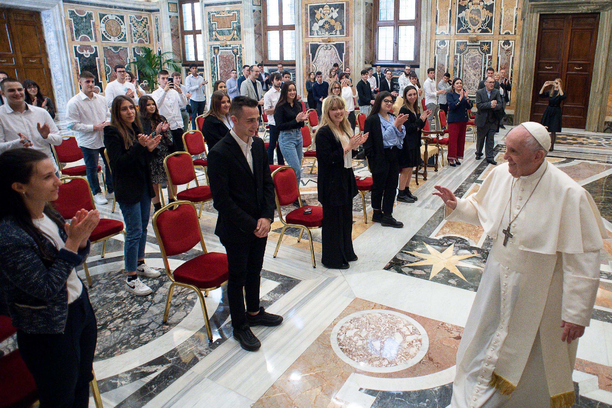 """Institut """"Ambrosoli"""", 22 mai 2021 © Vatican Media"""