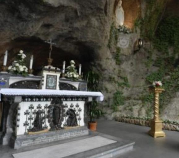 Grotte de Lourdes, capture Vatican Media
