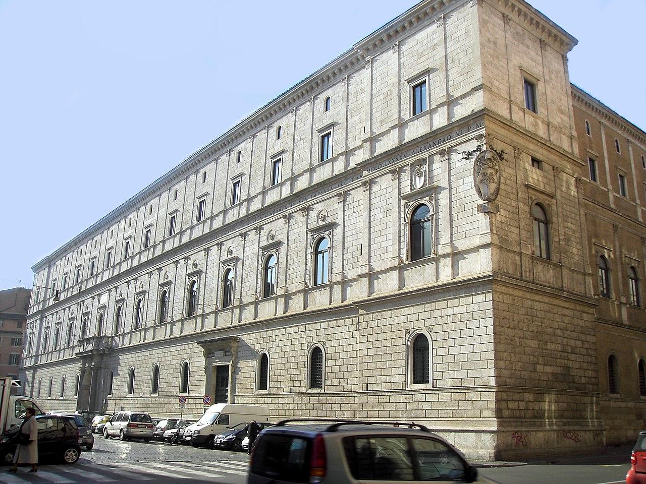 Palais de la Chancellerie (Rome) © wikimedia commons / Lalupa