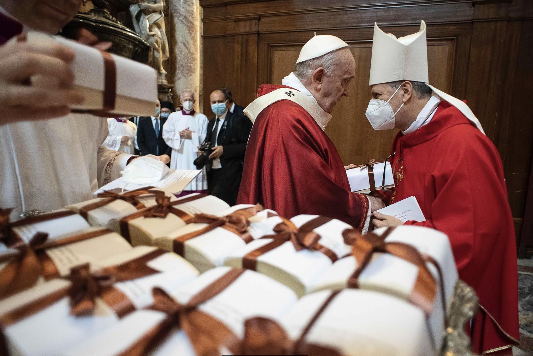 Pallium, Ss Pierre et Paul, 29 juin 2021 © Vatican Media