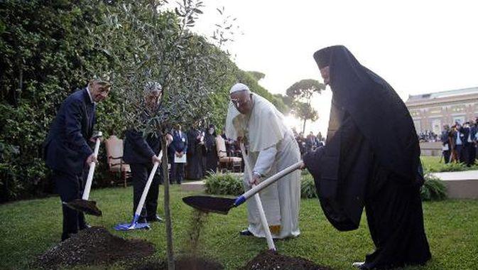 Prière pour la paix, 8 juin 2016 © L'Osservatore Romano