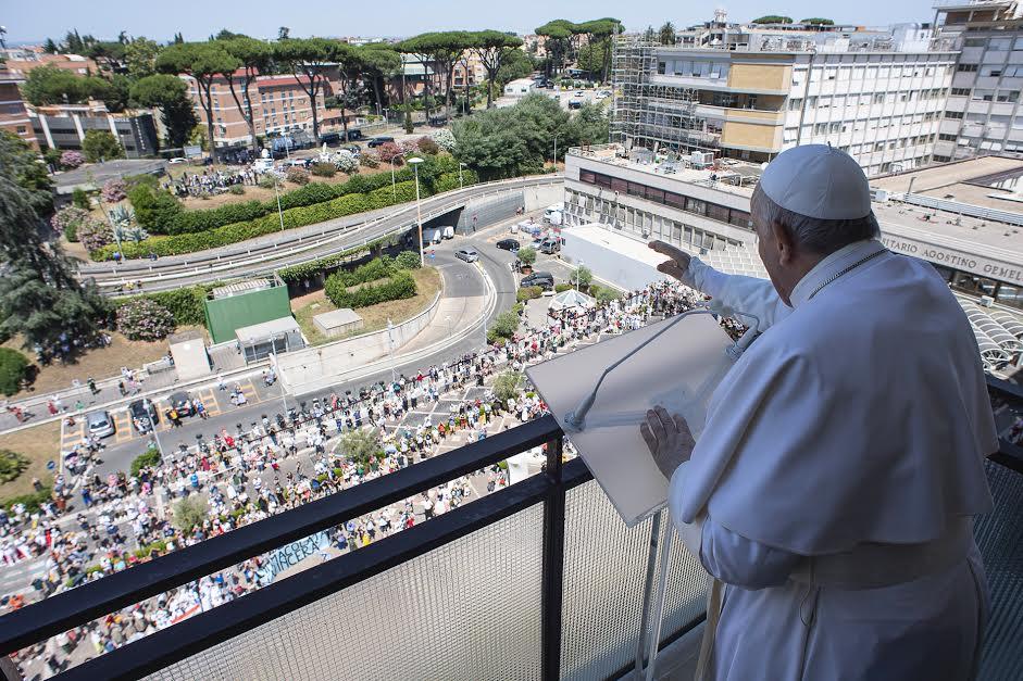 Angelus au Gemelli, 11 juillet 2021 © Vatican Media