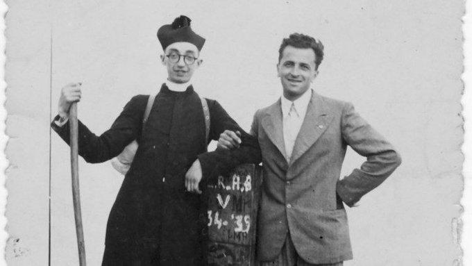 Don Giovanni Fornasini (à gauche) © DP