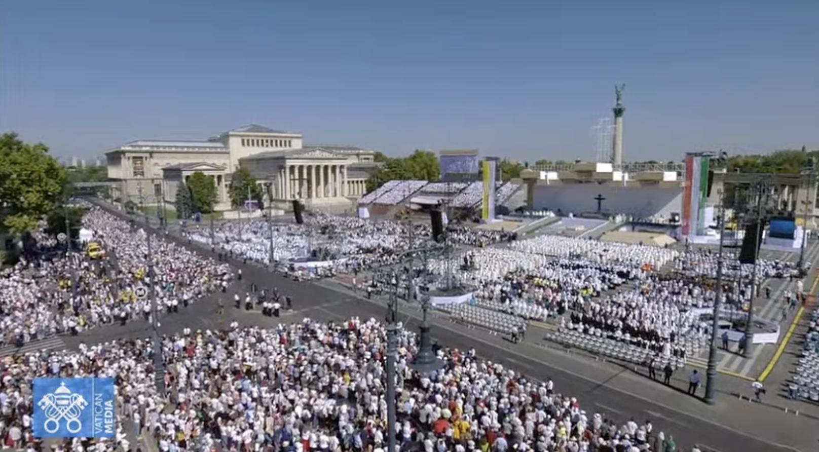 Cloture du Congrès eucharistique international à Budapest © Vatican Media