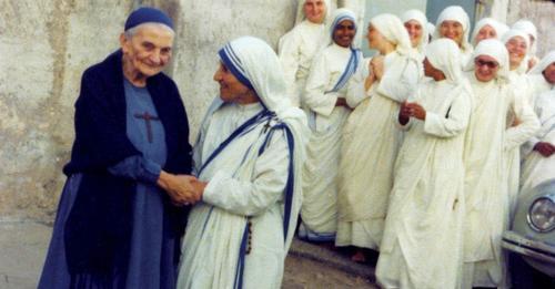Petite soeur Magdeleine te mère Teresa © Vatican News